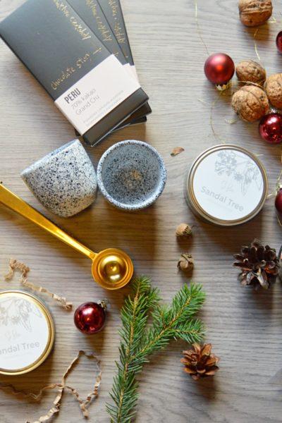 Kosze świąteczne firmowe prezenty świąteczne upominki firmowe na święta