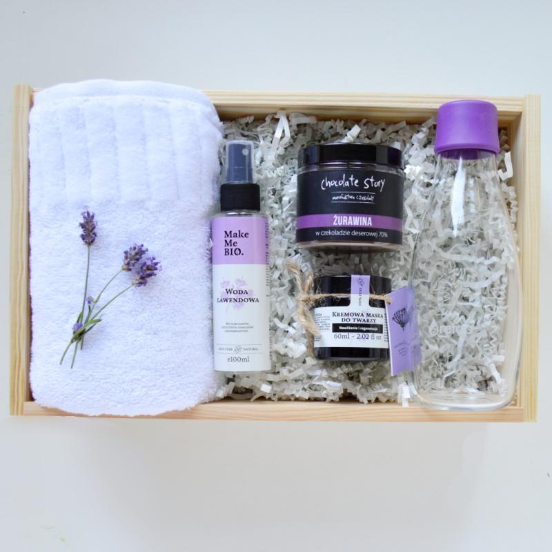 kosmetyczny box purple box