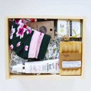 box kosmetyczny na prezent dla niej box prezentowy zestaw