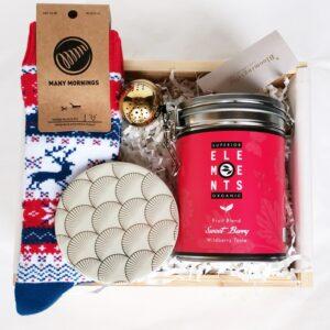 tea and rudolf zestaw upominkowy ze skarpetkami i herbatą zimowy gift box